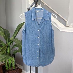 GAP denim sleeveless button down top size S